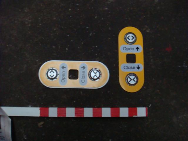 Train Door Open/Close Buttons - Train Open Close Buttons (2)
