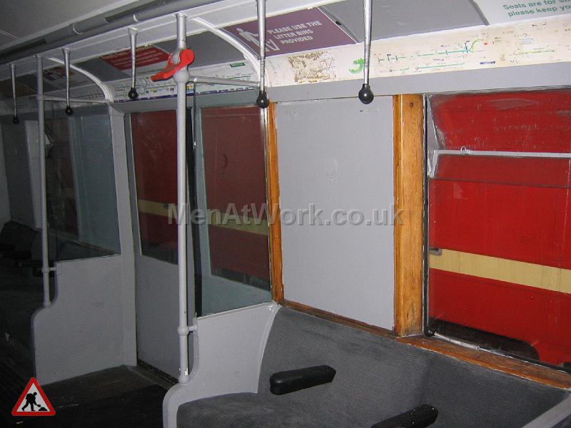 Tube Train Carriage - Tube Train (15)