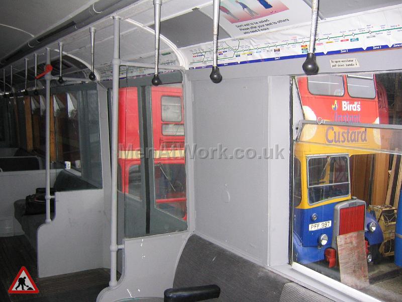 Tube Train Carriage - Tube Train (17)