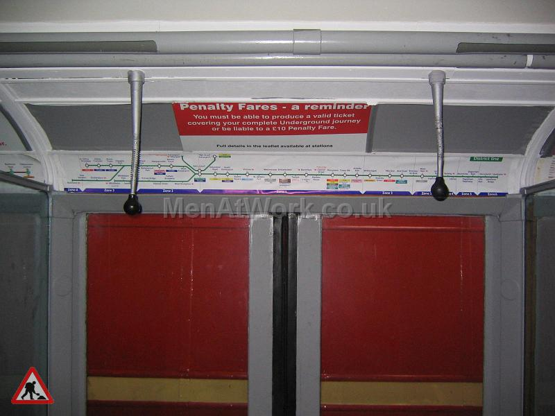 Tube Train Carriage - Tube Train (3)