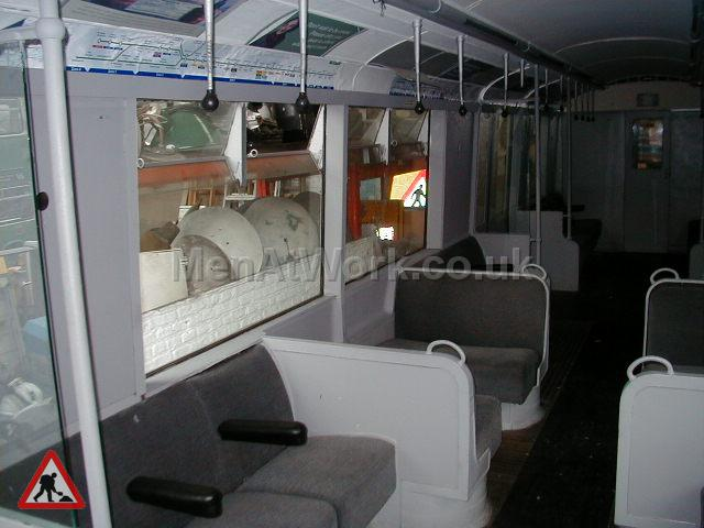 Underground Tube Carriage - Tube Train Carriage (9)