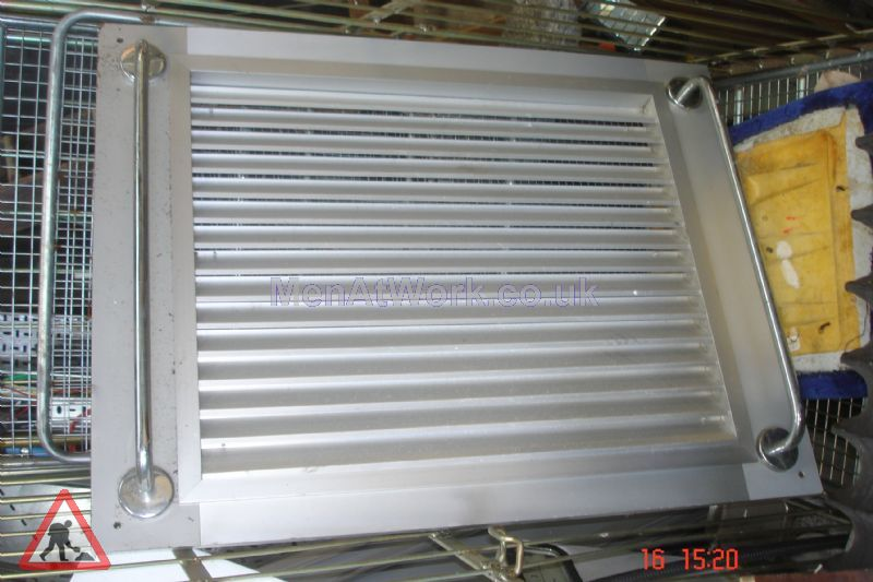 Vent with handles - Vent with handles