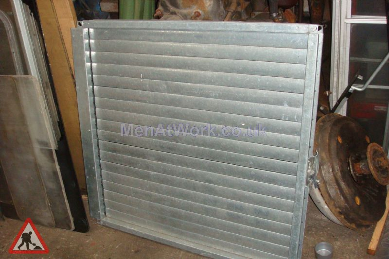 Vents with shutters - Vent with shutter