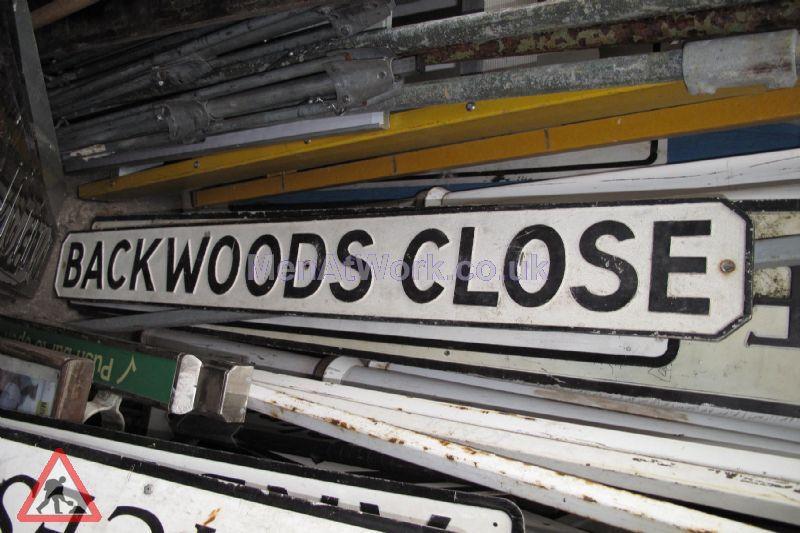 Street Names A-F - backwoods close