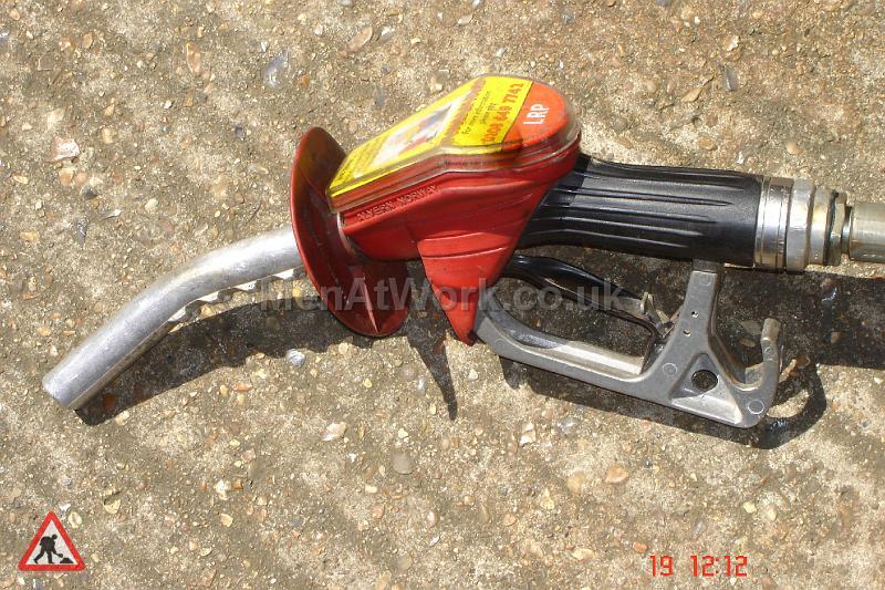 Petrol Pump Nozzles - pump nozzles (12)
