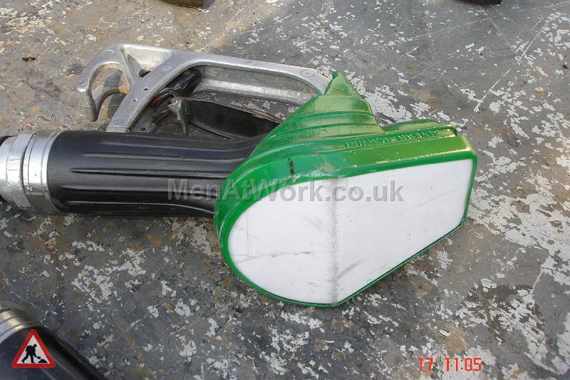 Petrol Pump Nozzles - pump nozzles (14)