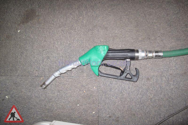 Petrol Pump Nozzles - pump nozzles (2)