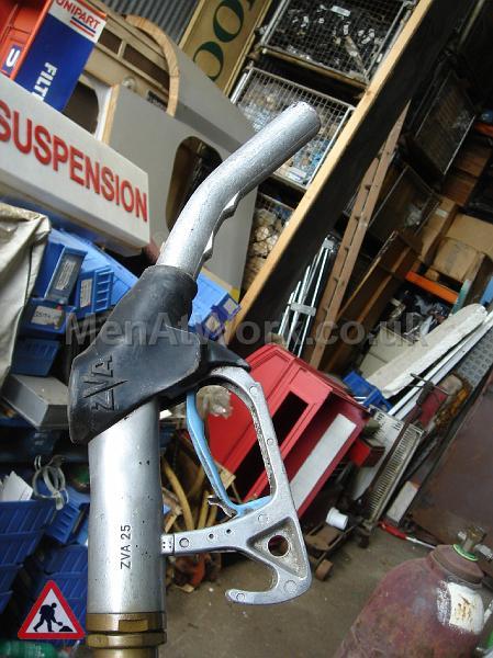 Petrol Pump Nozzles - pump nozzles (8)