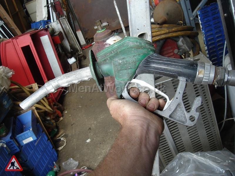Petrol Pump Nozzles - pump nozzles (9)