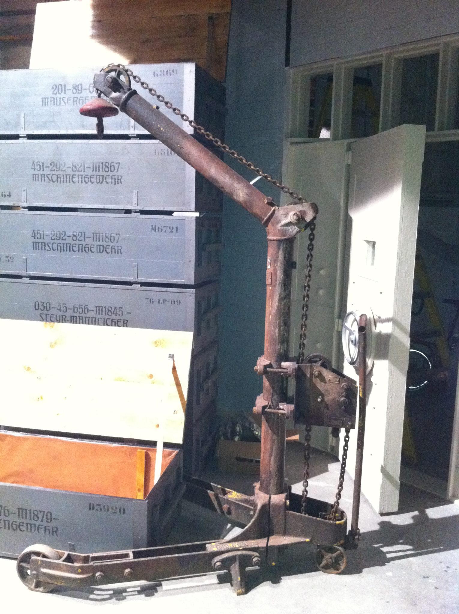 Hand Cranked Crane - Victorian Workshop Crane