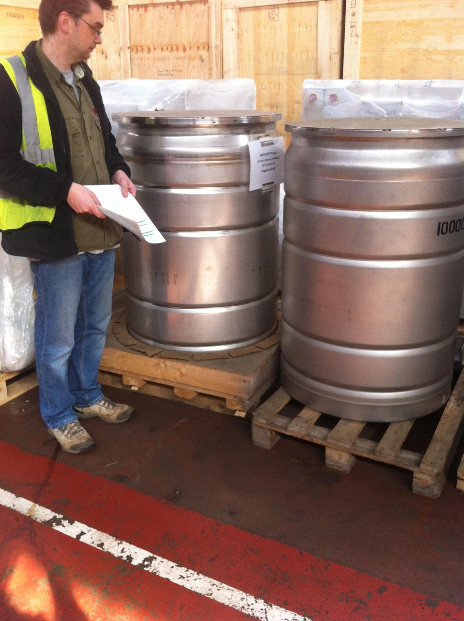 Nitrogen Tanks - Stainless Barrel