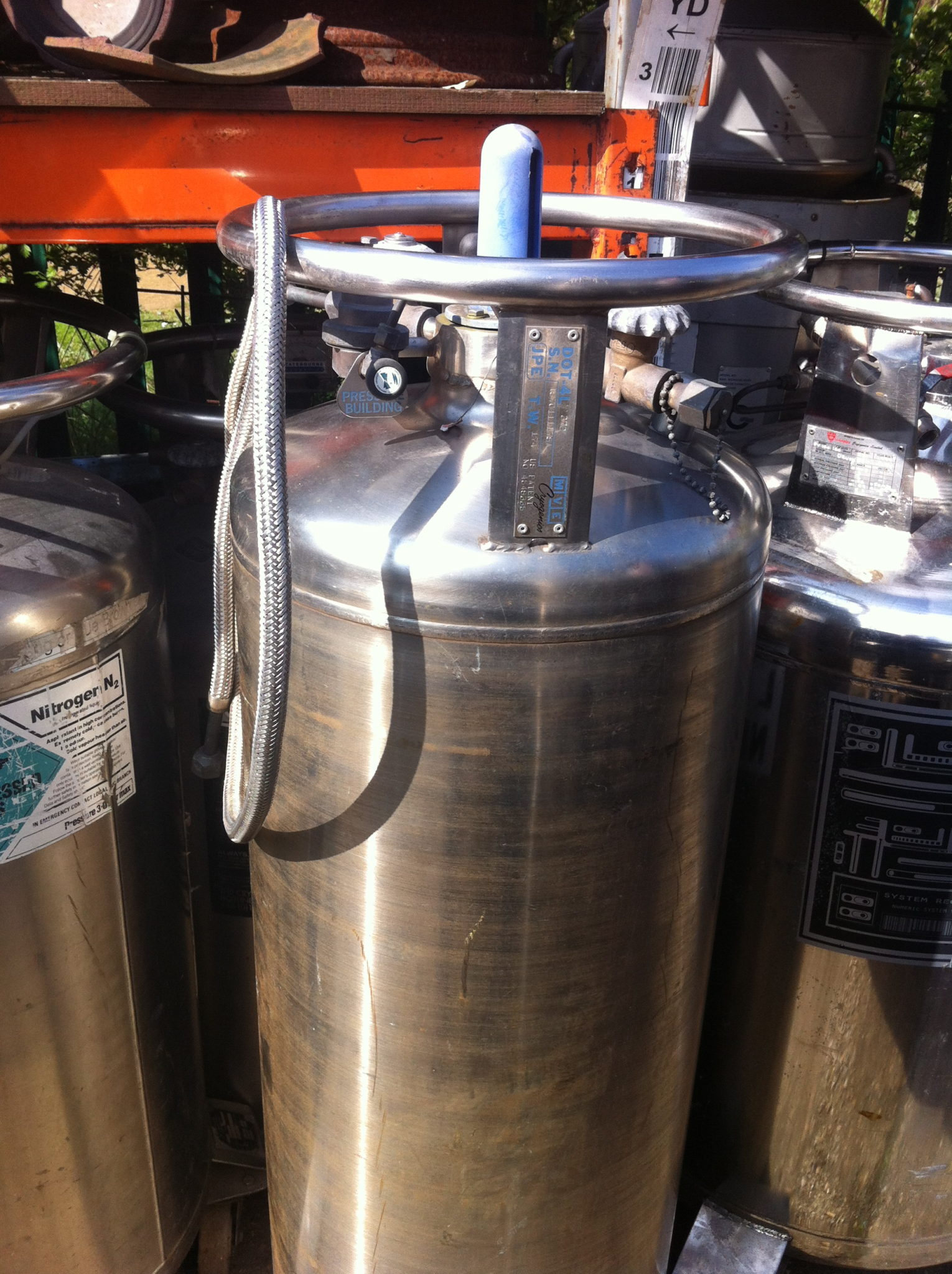 Nitrogen Tanks - Nitrogen Container