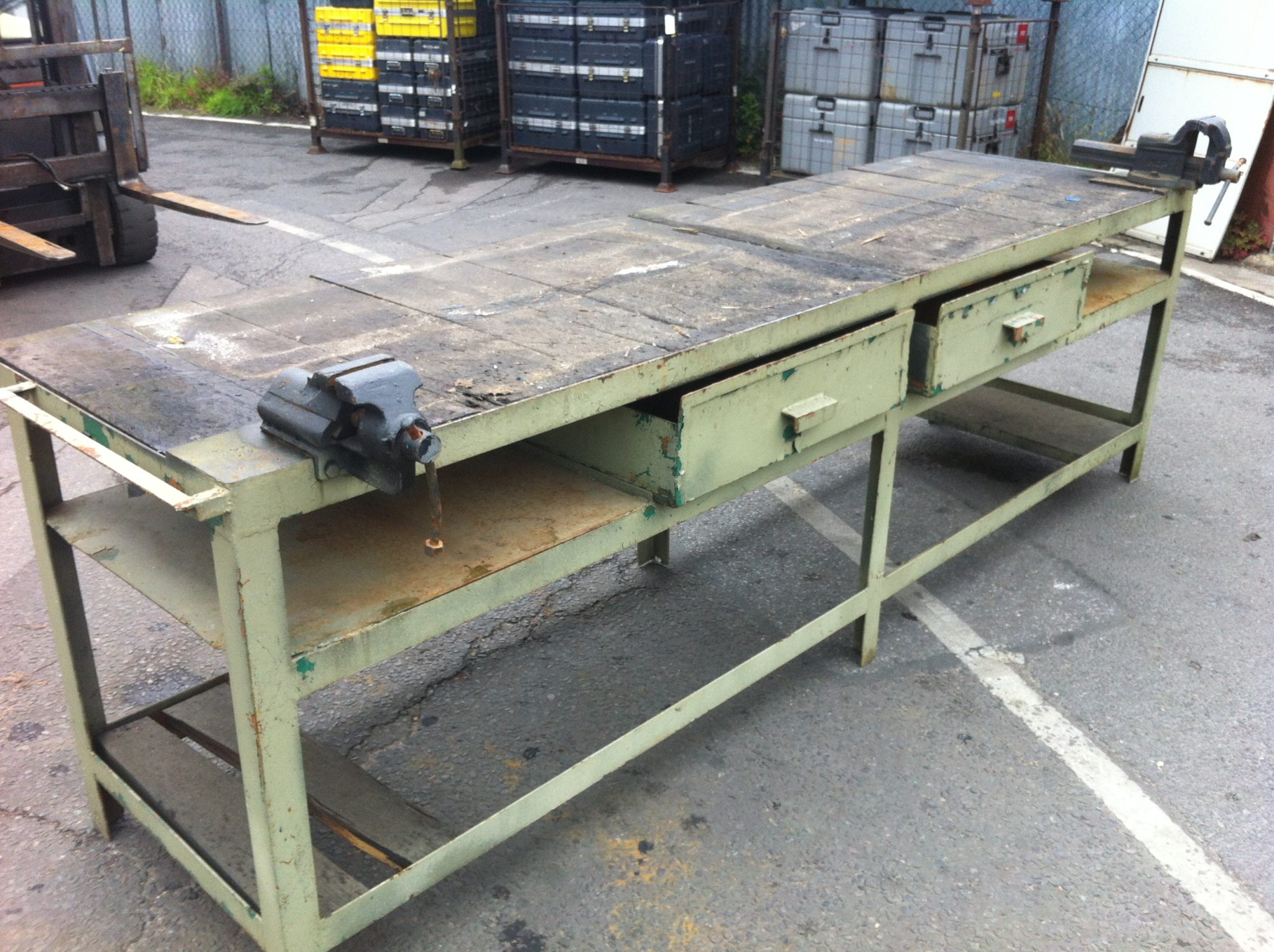 Double Work Bench - IMG_2969