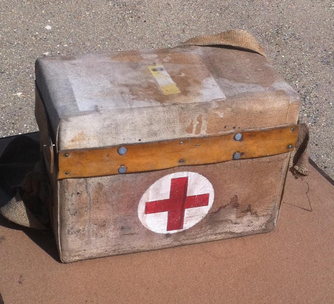 First Aid Kit English - First Aid Kit English