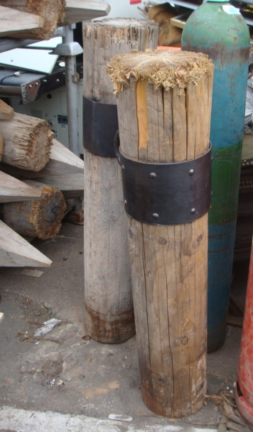 Wooden Post's - Wooden Posts with Steel Band