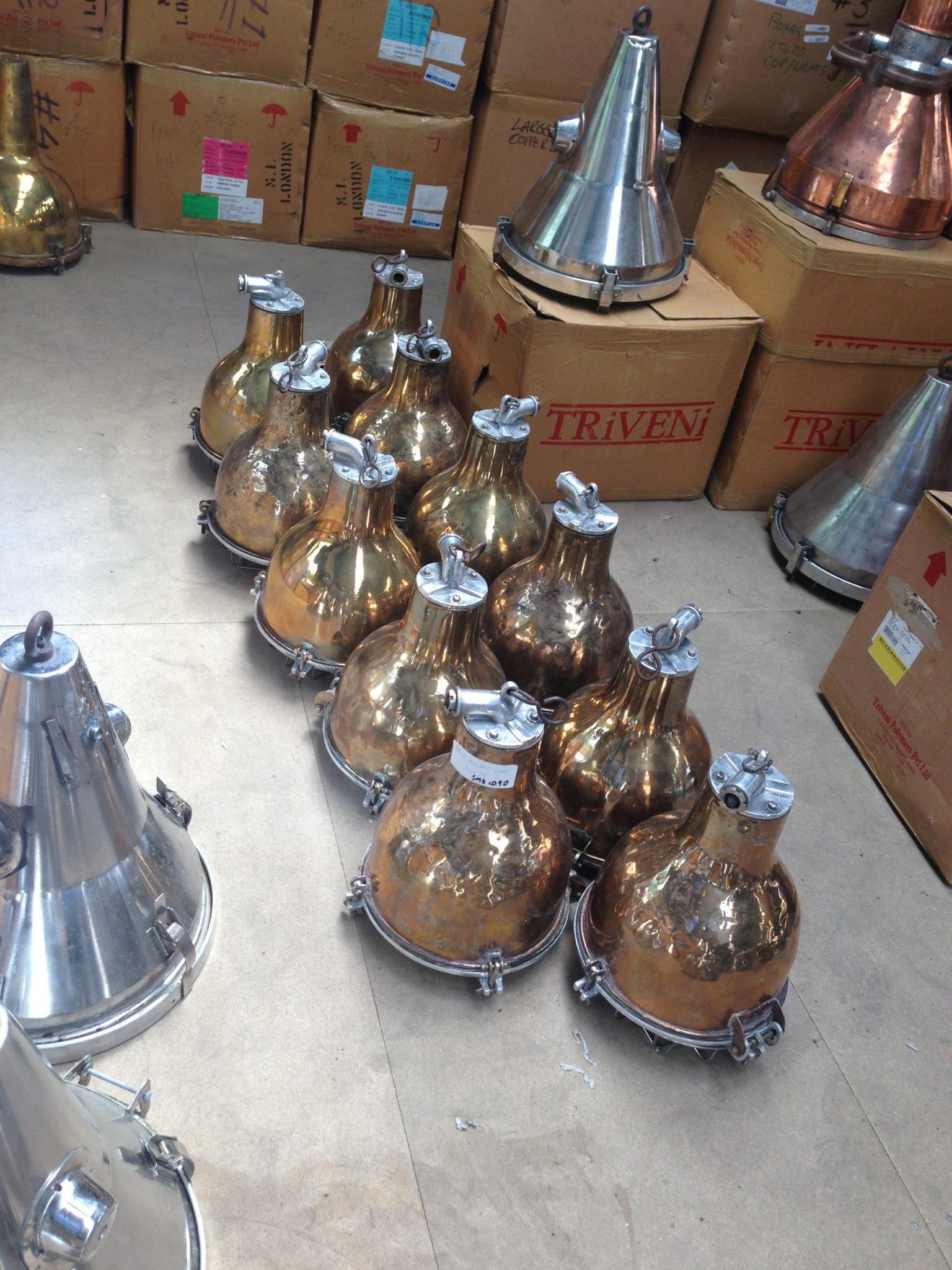 (15) Brass Bulbose Pendant Light 14″ x 12″ 20 available - Brass Bulbose Light