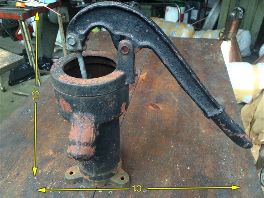 Hand Water Pump 13″ x 13″ -