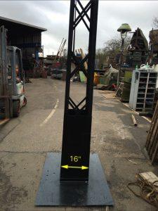 Metal Trellis Mast 25ft high 3 Available - IMG_1382